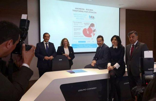 Presentación de campaña de Cofares en las farmacias madrileñas contra anorexia