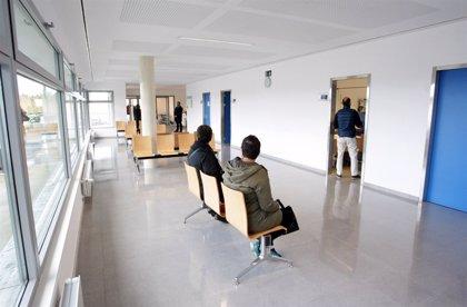 """Médicos apuestan por """"cambios estructurales"""" para afrontar el aumento de demanda"""