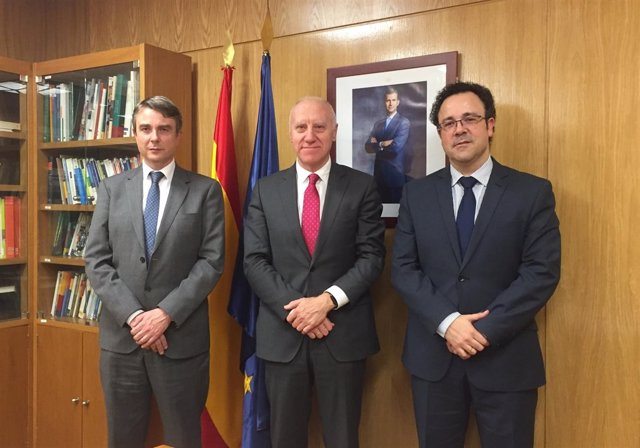 Reunión de Faustino Blanco con representantes de Autismo España