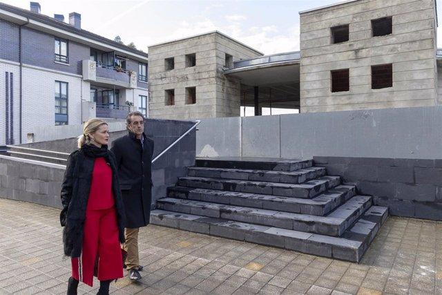 La alcaldesa Samperio y el consejero Martín visitan las obras