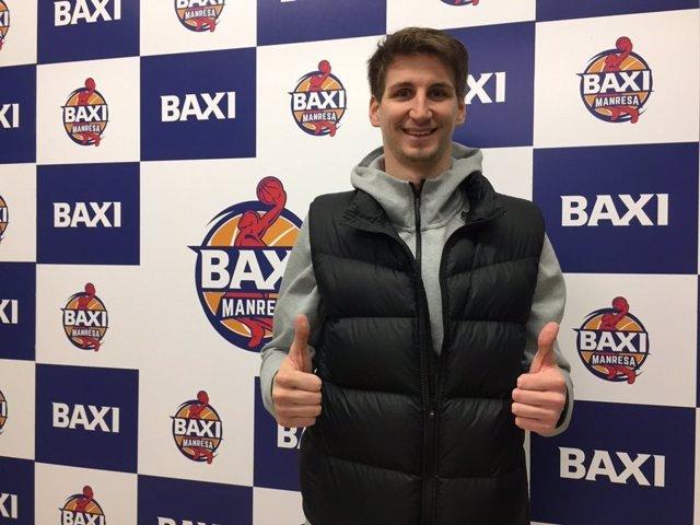 El nuevo jugador del Baxi Manresa Tomislav Zubcic