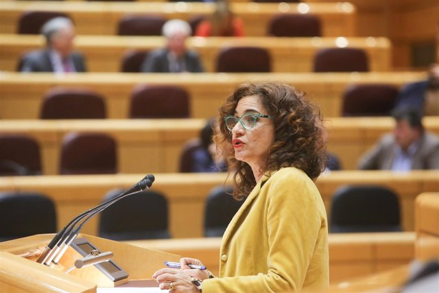 Pleno en el Senado con el objetivo de aprobar la ley de estabilidad presupuestar