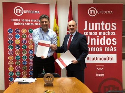 Podólogos firman un acuerdo con la Federación de Deportistas para integrar la especialidad en el deporte