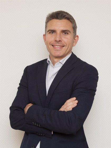 El doctor Christian Garriga, nuevo director del Hospital La Luz