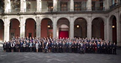 López Obrador insta a sus embajadores defender a los mexicanos en EEUU