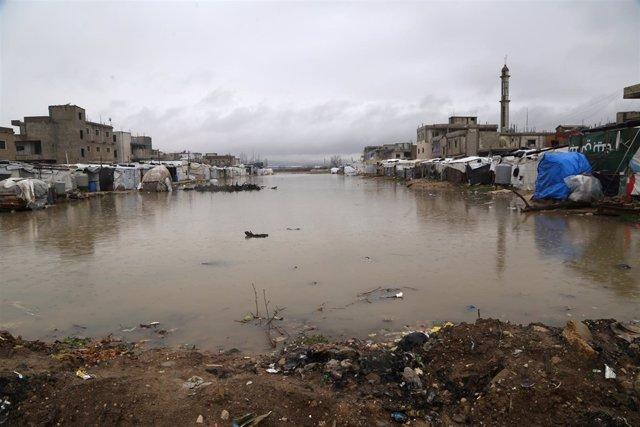 Inundaciones en un campamento de refugiados sirios en Líbano