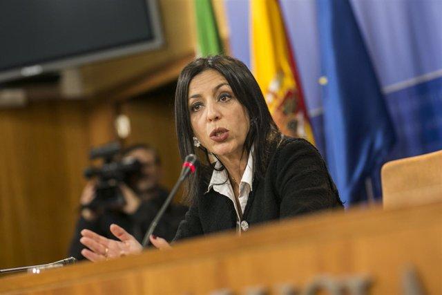 La presidenta del Parlamento, Marta Bosquet, en rueda de prensa tras la ronda d