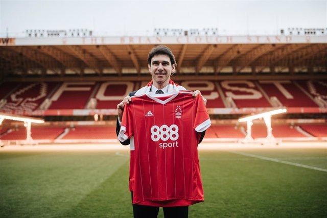 Aitor Karanka se presenta con el Nottingham Forest