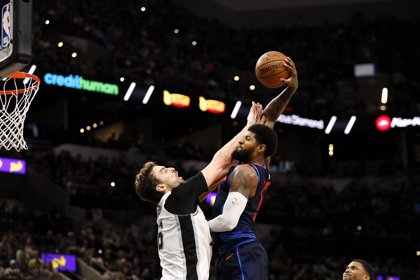 Los Spurs tumban a Oklahoma en el partido con más puntos en 12 años