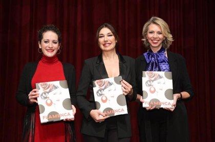 Raquel Revuelta presenta en Sevilla su libro 'Flamenca' que recorre la moda del sur en el 25 aniversario de Simof