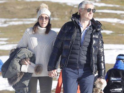 Elsa Anka y su nueva ilusión, Víctor Prat, disfrutan de una jornada de esquí