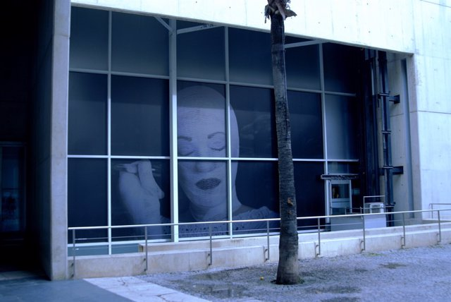 La Instalación 'IRREPARABLE' En El MUVIM