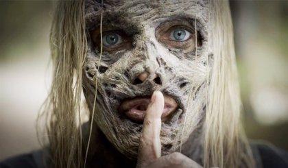 The Walking Dead: Los Susurradores, acechan en el nuevo y aterrador adelanto