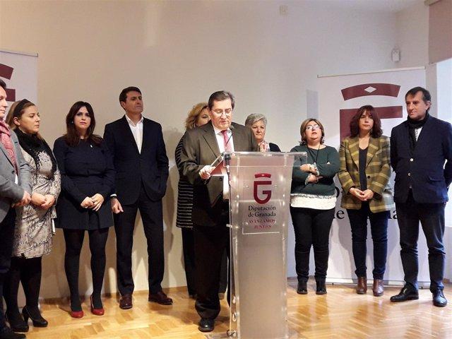 El presidente de Diputación, José Entrena, en rueda de prensa