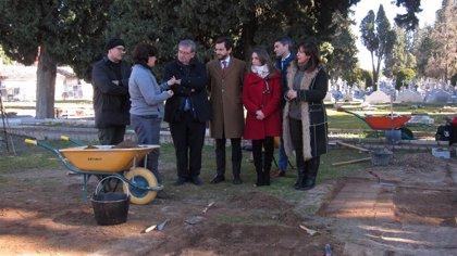 El Gobierno garantiza las exhumaciones de fosas franquistas en Andalucía pese a la Ley de Concordia de PP y Vox