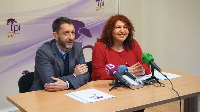 Maria Antònia Sureda i Antoni Amengual presenten el procés de primàries del PI