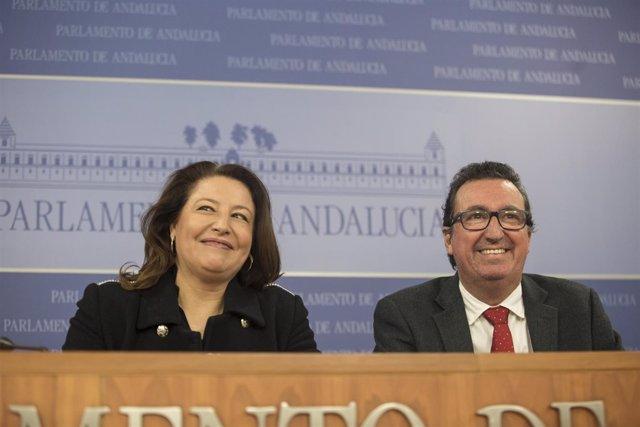 Carmen Crespo y Manuel Andrés González, hoy en rueda de prensa
