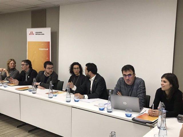 Marta Rovira lidera la reunió de l'Executiva d'ERC a Ginebra.