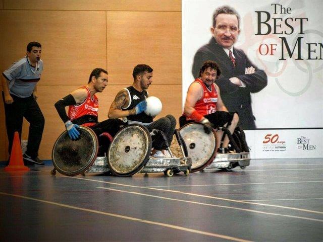 Partido de rugby en silla de ruedas
