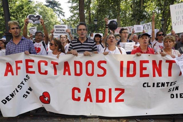 Manifestación el pasado julio en Madrid de afectados de iDental
