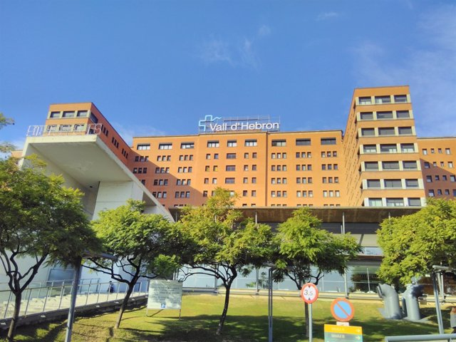 Façana de l'Hospital Vall d'Hebron de Barcelona