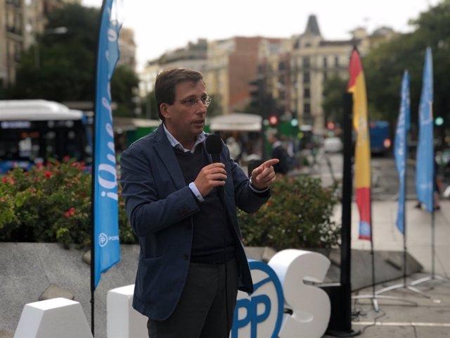 El portavoz del PP en el Ayuntamiento, José Luis Martínez-Almeida