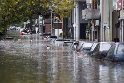 Mueren cuatro personas y 3.000 son evacuadas por las fuertes lluvias en el norte de Argentina