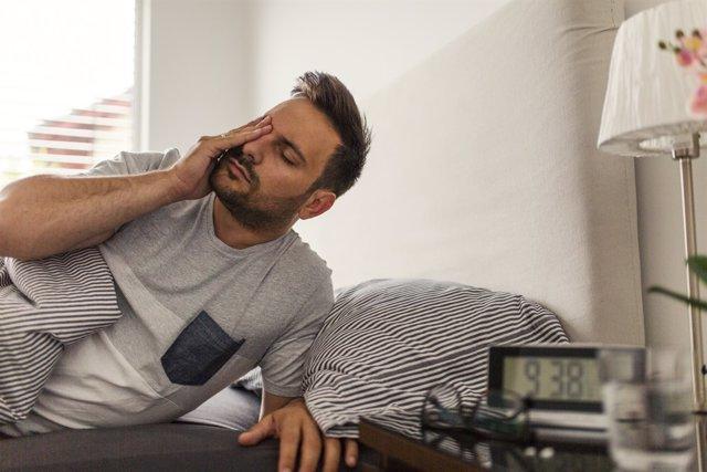 8561ee4e989bd Riesgos de dormir con lentillas y otros malos hábitos que debemos evitar