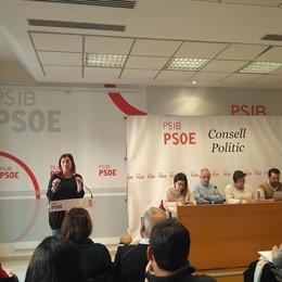 La secretaria general Francina Armengol en el consejo político del PSIB PSOE