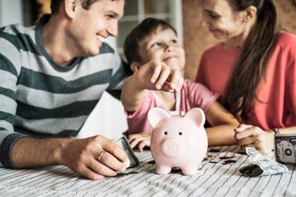 Ahorrar en enero, supera la temida cuesta en familia