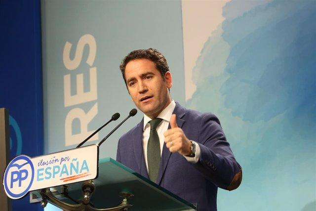Teodoro García Egea en una rueda de prensa