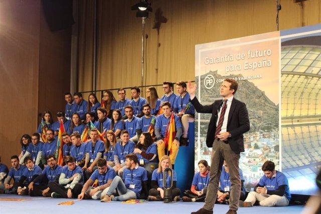 Pablo Casado en la presentación de candidatos en València