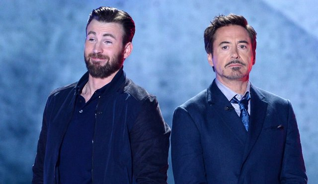 Robert Downey Jr. (Iron Man) y Chris Evans (Capitan América)