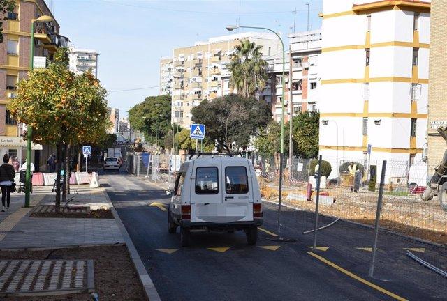 Obras en la avenida del Greco de Sevilla