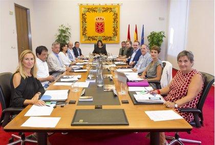 Mesa y Junta estudia este lunes el recurso de UPN al acuerdo que pospone la expulsión de los parlamentarios de Podemos