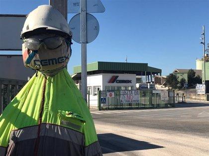 Cemex inicia la negociación del ERE por el cierre de las fábricas de Lloseta y Almería