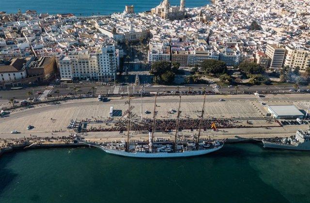 El buque-escuela 'Juan Sebastián de Elcano'