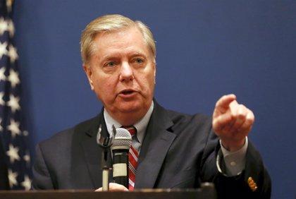 El senador republicano Lindsey Graham insta a Trump a reabrir temporalmente la Administración de EEUU