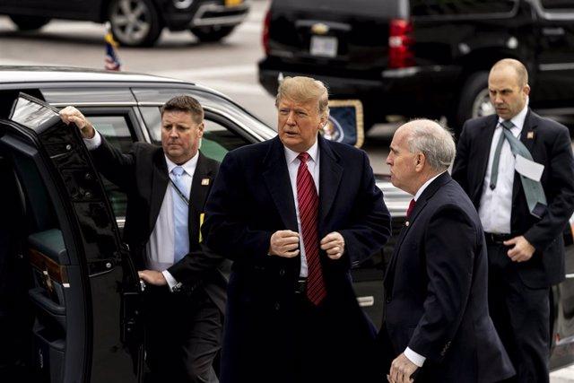 Donald Trump meets Senate Republicans in Washington
