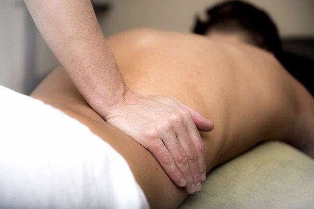 Dolor de espalda, masaje