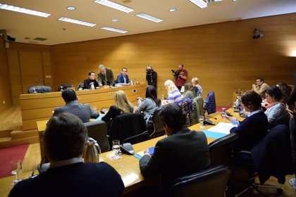 Les Corts estudiarán acciones contra los citados que no comparezcan en la comisión sobre financiación de PSPV y Bloc