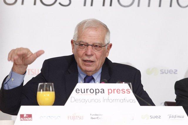 Esmorzar informatiu d'Europa Press amb Josep Borrell