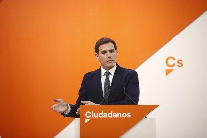 Rivera anuncia que la seva llei de gestació subrogada es debatrà al Congrés al febrer i proposa donar llibertat de vot