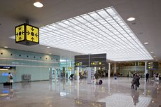 L'Aeroport de Barcelona bat un rècord amb 50,1 milions de viatgers el 2018, un 6,1% més (AENA - Archivo)
