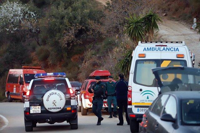 La búsqueda del niño en Fuengirola continúa.    MLG(TOTALÁN)14012019.- Bombero
