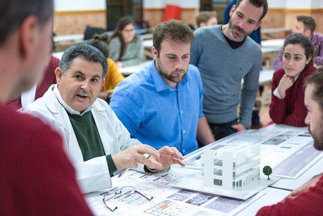 Titulados, alumnos Arquitectura UCAM