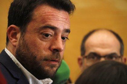 """L'alcalde de Badalona promet contundència contra els habitatges ocupats i diu que perseguirà les màfies """"pis per pis"""""""