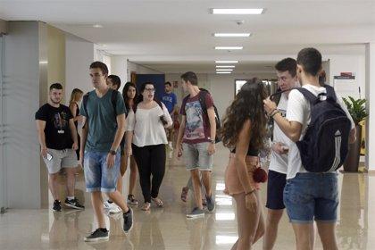 La matrícula en los másteres de la Universidad de Murcia baja más de 200 euros de media este curso
