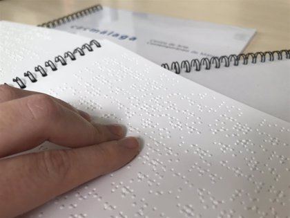 El Defensor del Pueblo pide que se proteja a las personas ciegas en la firma de contratos
