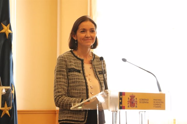La ministra de Industria, Reyes Maroto, este lunes en Zaragoza.